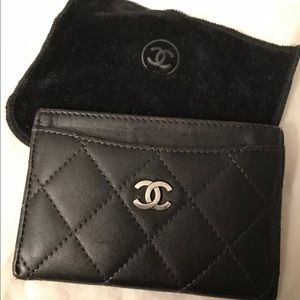 Chanel Credit card case with classic silver CC log